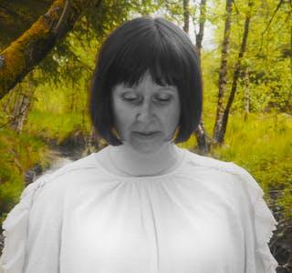 Anita Helgeland, Vårsut». Regi og foto: Erlend Bjelland