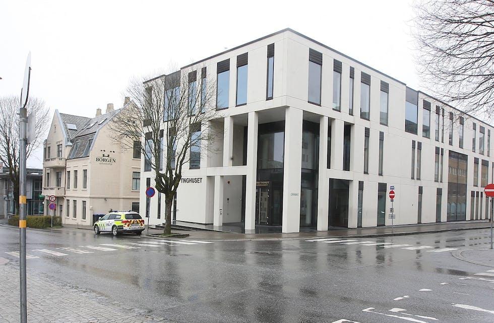 En mann i 40 årene er dømt til varetektsfengsling i 4 uker etter trussler blant annet på Aksdal Senter. Foto: Alf-Einar Kvalavåg