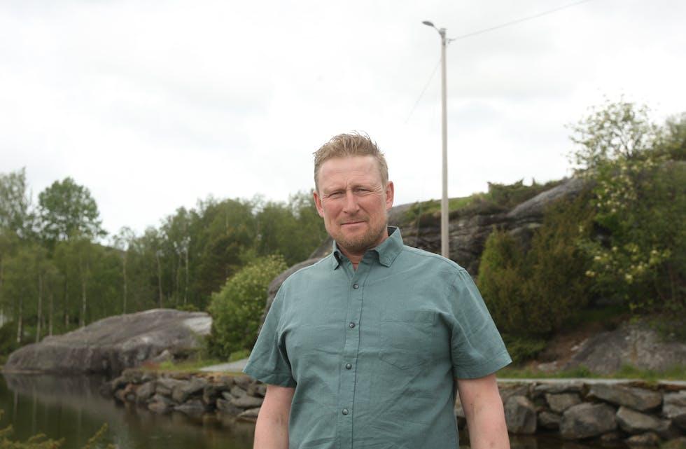 Sven Ivar Dybdal (Sp) ønsker tiltak for å betre situasjonen til dei psykisk sjuke, lette dei pårørande og gjere det lettare for både politi og helsevesen.  Foto: Mona Terjesen
