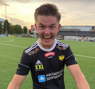 Håkon Mannsåker skal spille for Skjold i år. Mot Djerv 1919 2 ble det hattrick. Foto: John Inge Ulvøy
