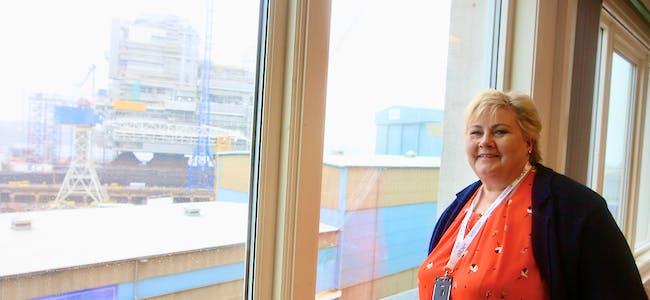 Statsminsiter Erna Solberg og resten av Høyre går en spennende kveld i møte. Blant forhåndsstemmene i Tysvær får partiet 18,57% av stemmene. Bare slått av AP. Foto: Alf-Einar Kvalavåg
