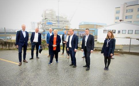Johan Sverdrup plattformen viste muskler bak denne gjengen som møtte statsminister Erna Solberg i dag. Foto: Alf-Einar Kvalavåg