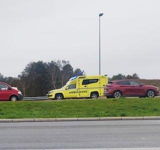 Trafikkuhell i Aksdal. Opprydning pågår. Foto Knut Ivar Skogland