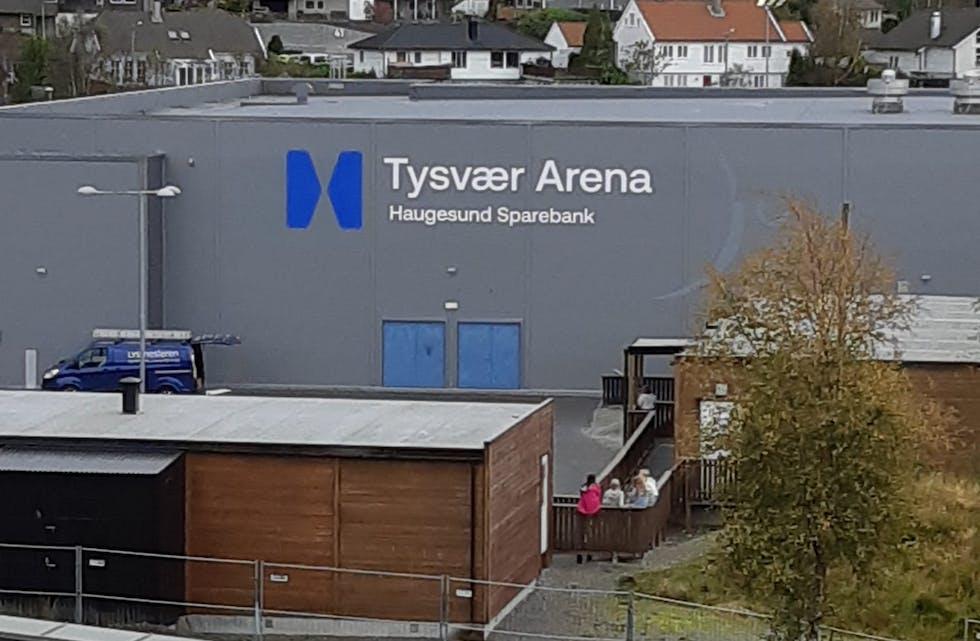 Ingen skal være i tvil om det nye navnet på storhallen, eller hvem som sponser navnet. Foto: Reidar Pedersen